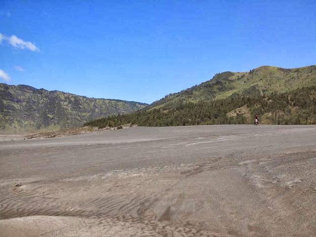 santridanalam, jupiter z,lautan pasir bromo