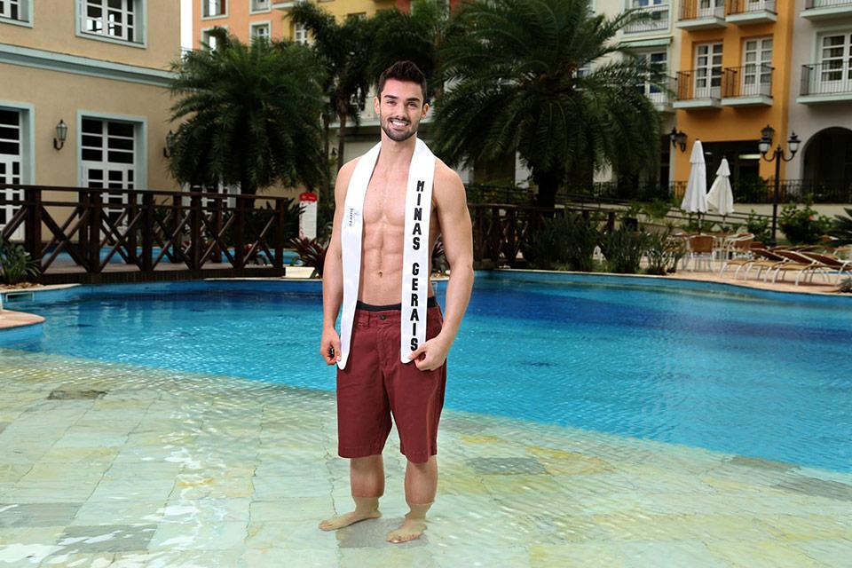 Mister Minas Gerais - Kaio Juliani, 19 anos, 1,83 m - Foto: Leonardo Rodrigues