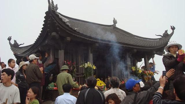 Cho thuê xe đi chùa Yên Tử tại Hà Nội giá rẻ