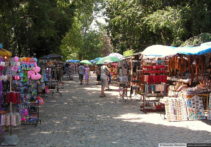 Рынок сувениров в Созополе | Souvenir Market in Sozopol