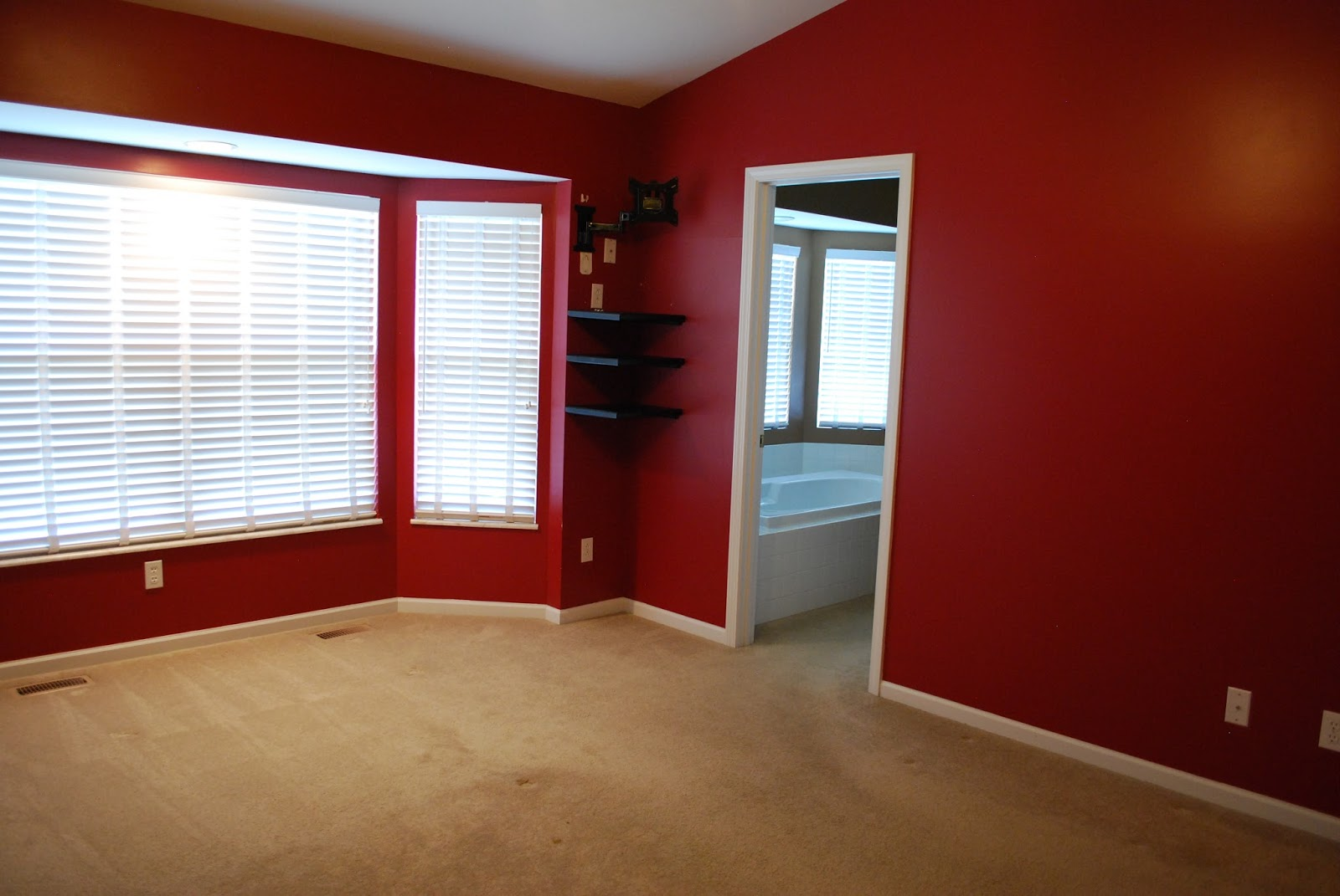 nuestra vida dulce master bedroom updates for those of you that may have forgotten never seen this is what our master bedroom looked like when we first bought our home