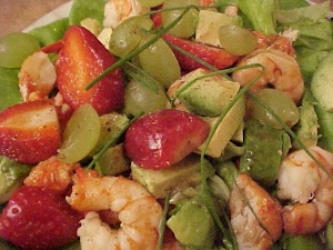 Salade de homard et de crevettes Viviane, vinaigrette au sirop d&#39;rable et au vinaigre balsamique