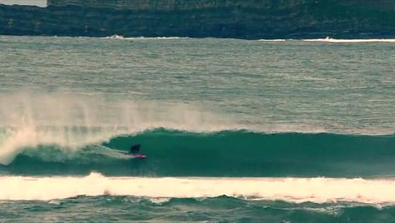 Tubos en Mundaka - Surfear en Mundaka