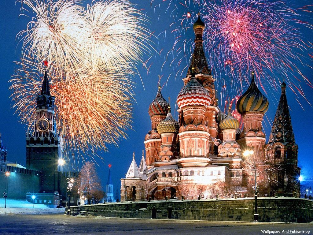 http://2.bp.blogspot.com/-f8O-aEJ38m4/Tpjfa0GBWqI/AAAAAAAACsI/TZyfAFcRLKk/s1600/kremlin_and_red_square_fireworks_moscow_russia.jpg
