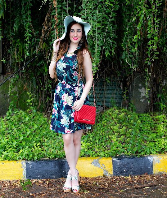 VERO MODA Floral Top, Floral Skater Skirt, Orange Quilted Bag, Resort Wear,Sun-hat, H&M Tropical Print Block Heels