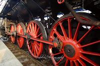 Ojnice hnacího ústrojí lokomotivy