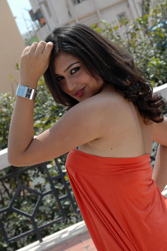 Ramya Barna  Kannada Actress Cute Stills PicsPhotos  Ramya Barna Wiki unseen pics