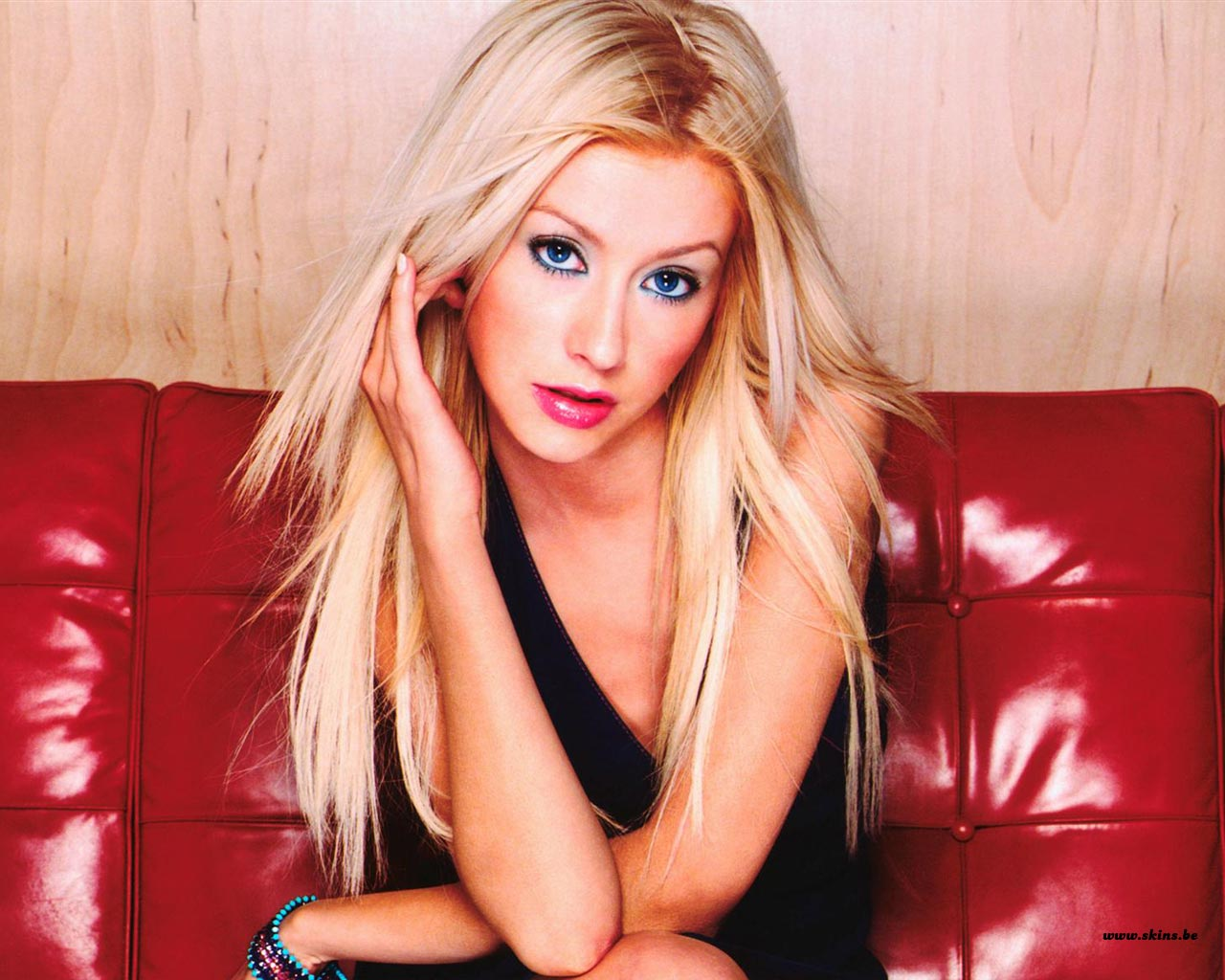 Christina Aguilera Photos Christina Aguilera Photos Christina Aguilera