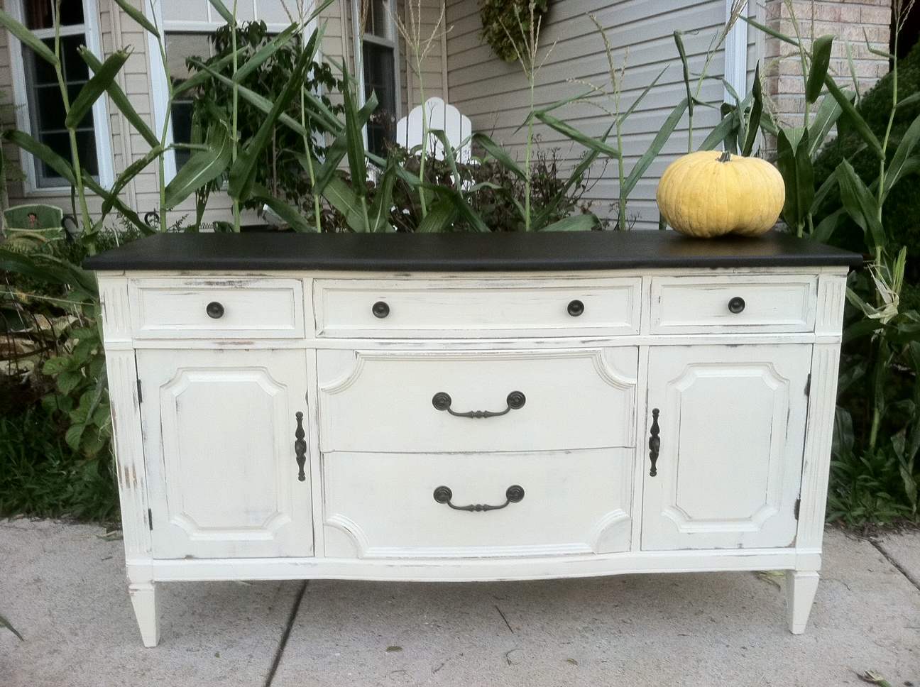 Annie Sloan Chalk Paint Furniture