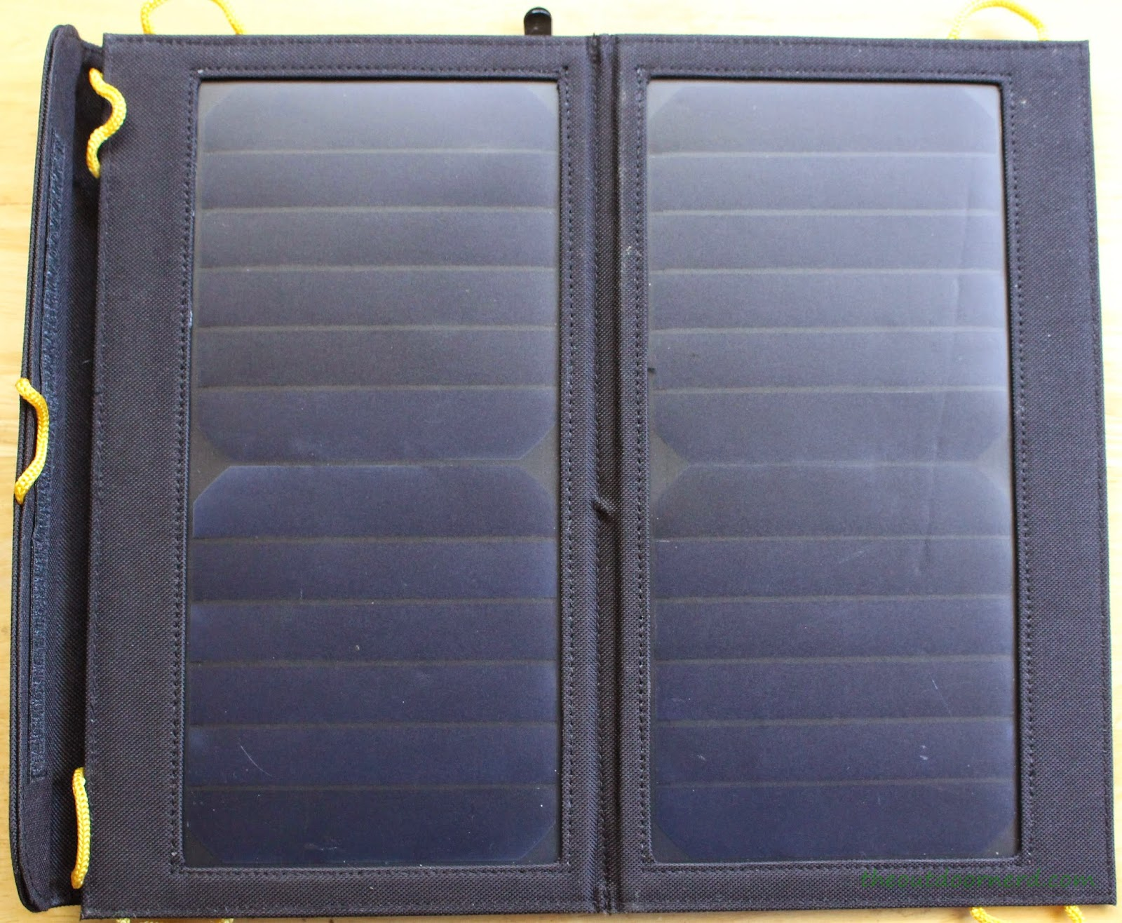 Levin Sol-Wing Solar Panel 2 of 3