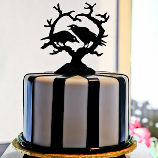 Disney Wedding Inspiration: Disney Halloween Wedding Cakes to Sink Your Teeth Into