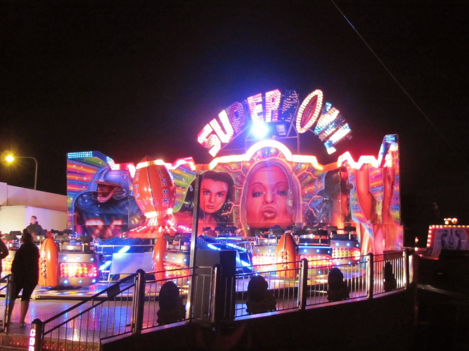 Carnival ride The Superbowl in Dublin