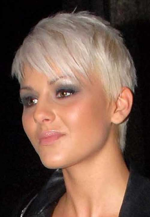 Short Length Special Hairstyle for girls Jere Haircuts