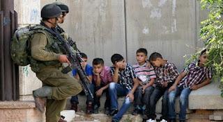 Pasukan Israel & bocah Palestina