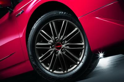 Toyota PRIUS TRD Sportivo ใหม่ รูปที่ 6