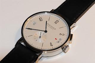 Montre Nomos Tangomat GMT Plus référence 637
