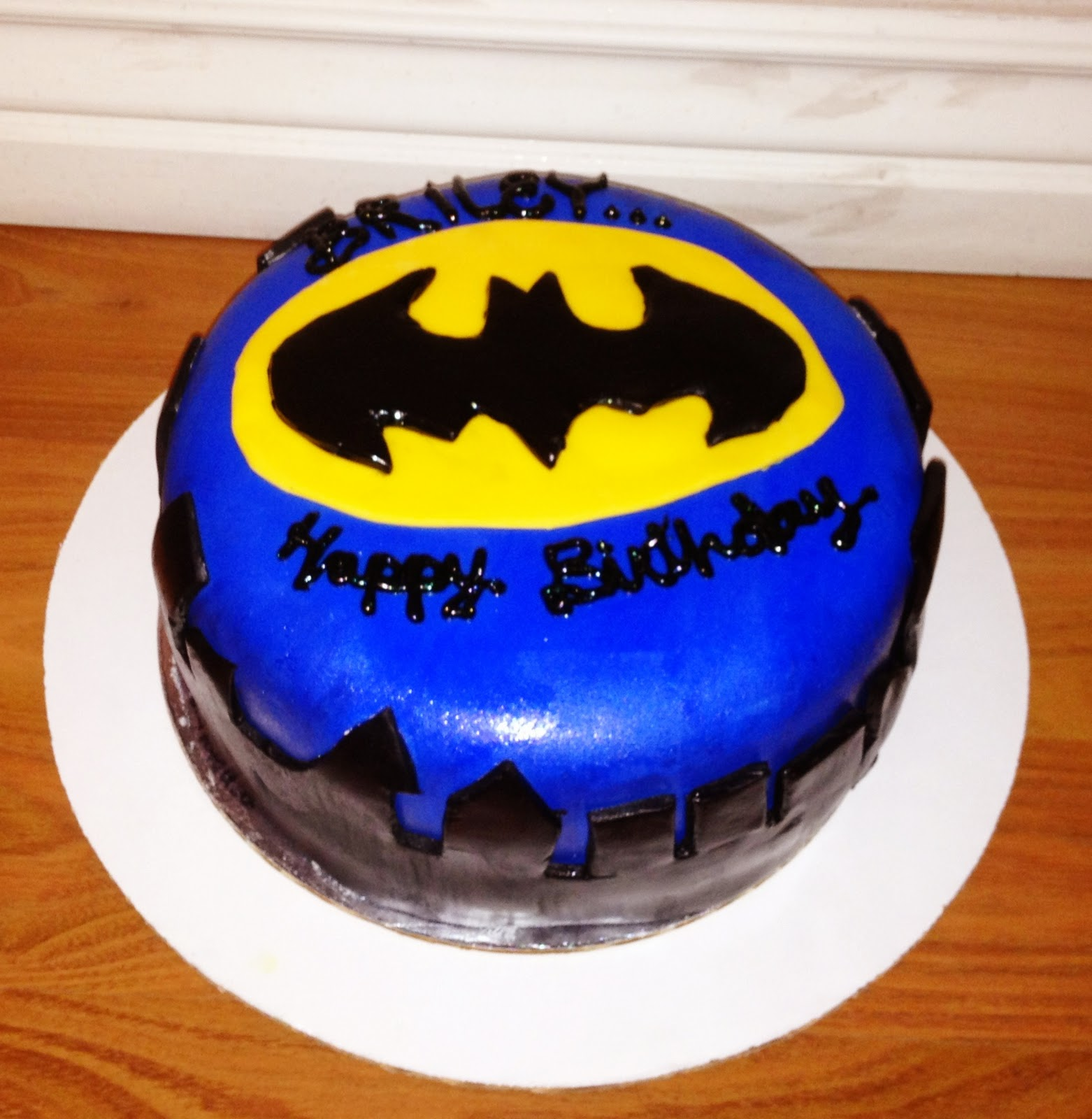 Cravings - Alishas Cupcakes!: Batman Birthday Cake