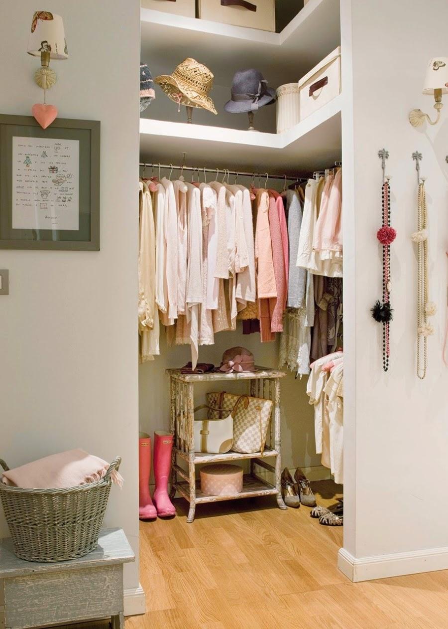 Wystrój wnętrz, home decor, wnętrza, urządzanie mieszkania, styl francuski, jasne wnętrza, róż, pastelowy róż, pastelowe kolory, garderoba
