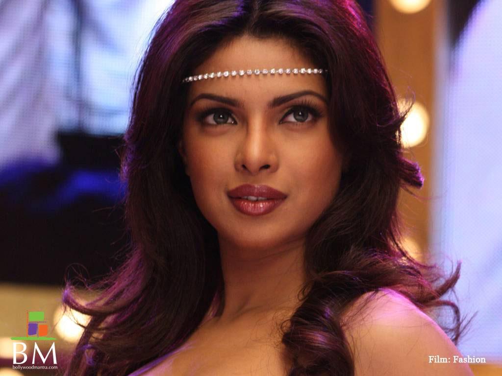 Priyanka Chopra Hot Hd Wallpaper Hd Wallpaper