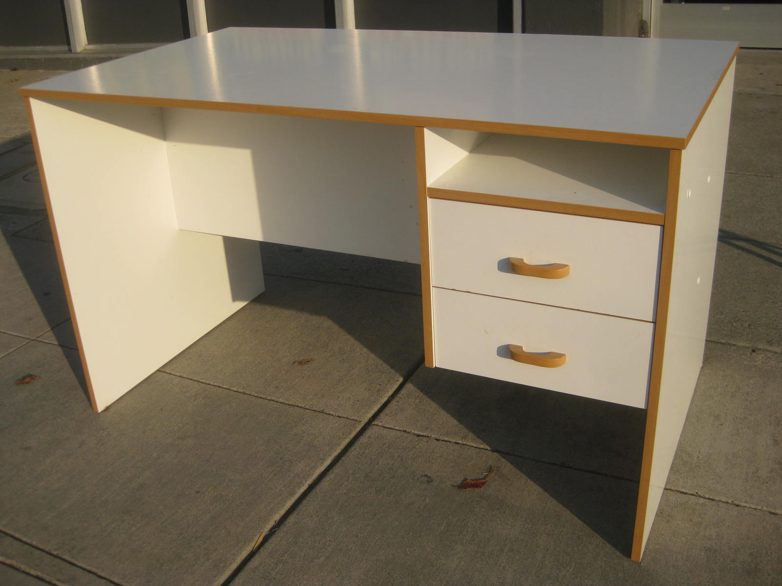 UHURU FURNITURE COLLECTIBLES SOLD White Ikea Desk 30