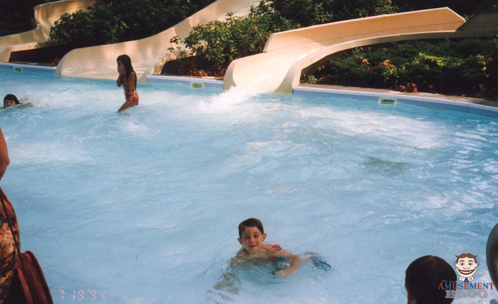 The amusement blog splish splash july 1994 part 3 of 4 for Splash pool show quebec