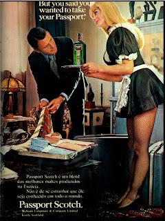 propaganda whisky Passport - 1971. 1971; os anos 70; propaganda na década de 70; Brazil in the 70s, história anos 70; Oswaldo Hernandez;