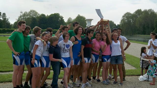 le Club Aviron ESCP Europe reçoit le Trophée des Rois