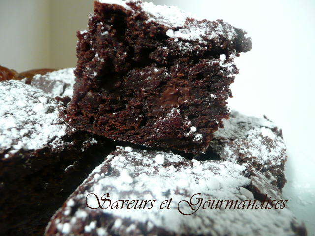 Brownie aux Dattes et Cacao. The Ultimate  Chocolate Brownie.