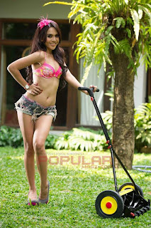 Anggita Sari for Popular Magazine, September 2011