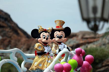 東京ディズニーシー ハピネス・グリーティング・オン・ザ・シー ミッキーマウスとミニーマウスのアップ