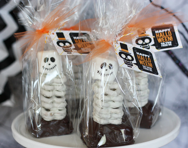 Halloween Party Skeleton Chocolate Party Favor