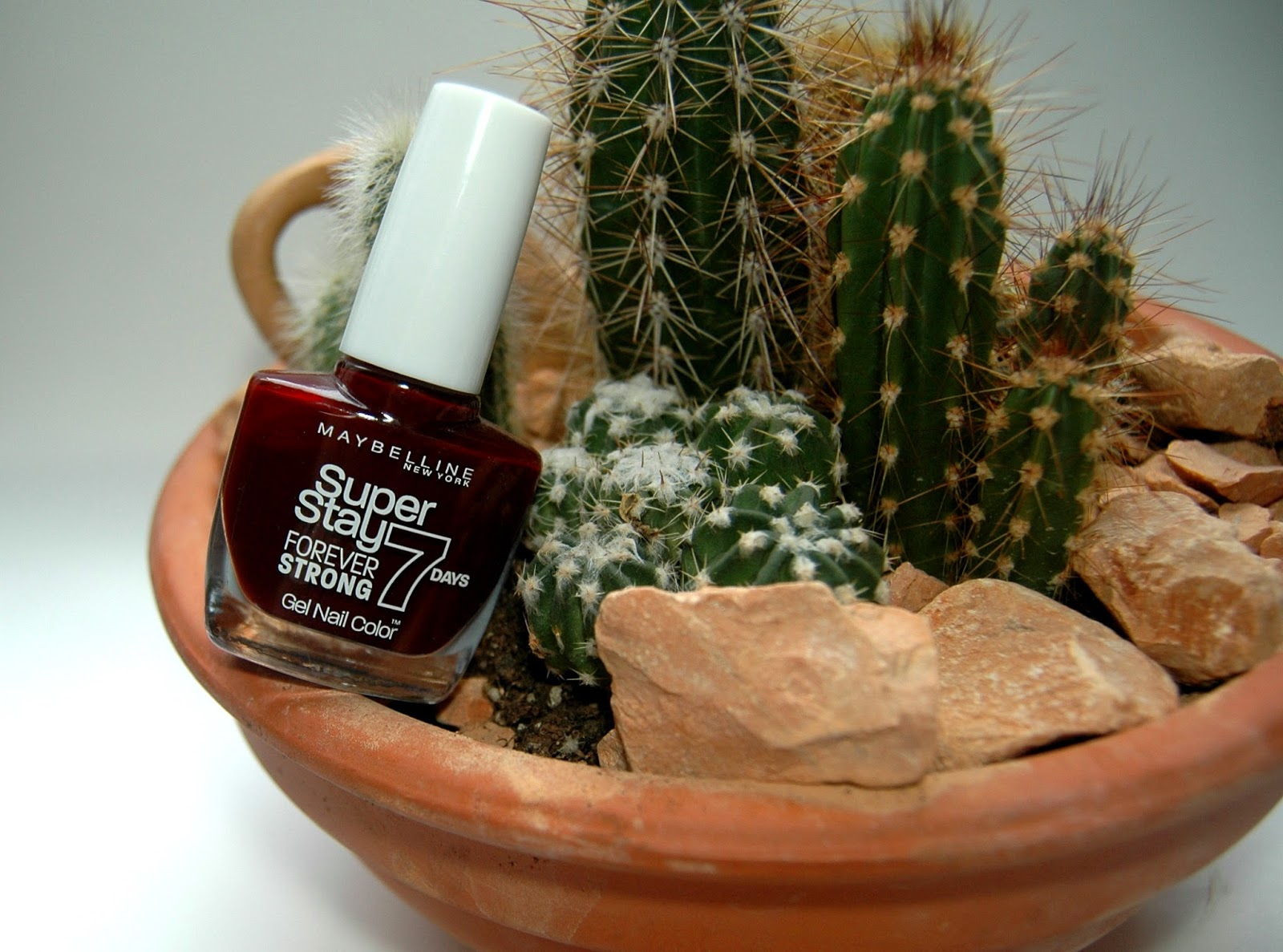 Maybelline Super Stay Nagellack 287 Midnight Red