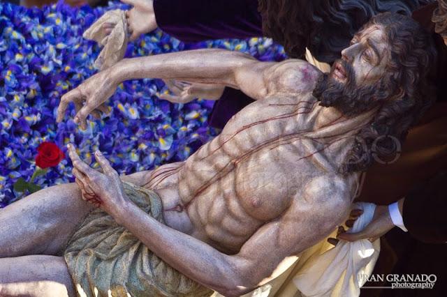 http://franciscogranadopatero35.blogspot.com/2015/05/la-hdad-de-santa-marta-desde-los-cielos.html