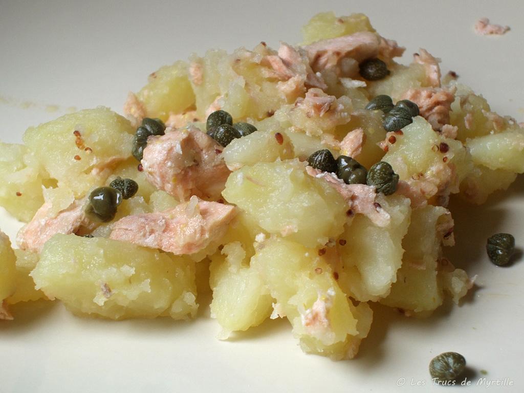 La cuisine de myrtille salade ti de de pommes de terre et - Salade pomme de terre saumon fume ...