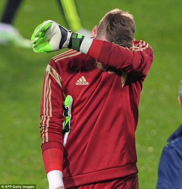 David De Gea Terseliuh Jari, info sukan, bola sepak, manchesterr united, Sepanyol