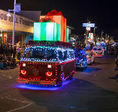 The Twinkle Light Parade will take place December 7, 2019 at 5 pm.