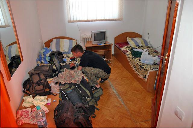 Заправка, кафе, гостиница Ташкент