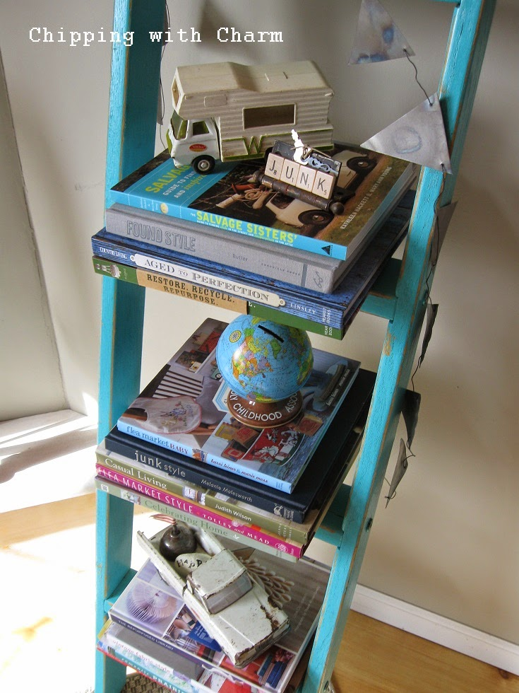Chipping with Charm:  Aqua Ladder Bookshelf...http://www.chippingwithcharm.blogspot.com/