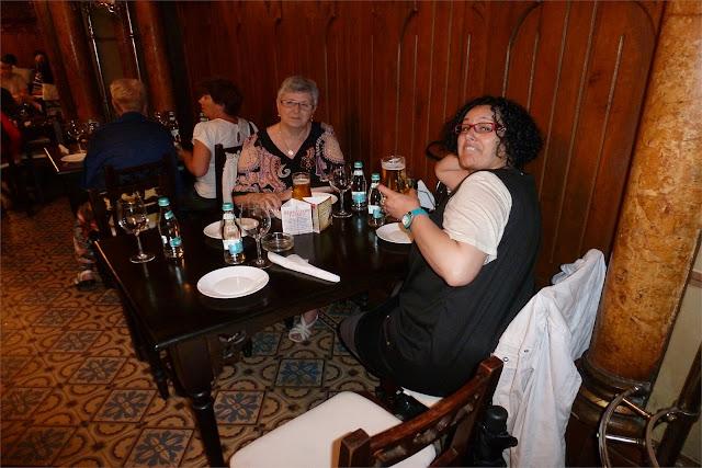 Última cena en Bucarest