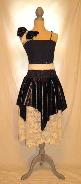 Crazy fun dress combination of classic - disco, romantic - Gothic, Cinderella - Evil Queen