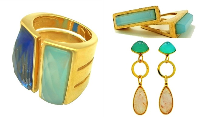 Brazaletes, pendientes y anillos para lucir sobre prendas, que aconsejamos,  no tengan brillo para que la importancia del outfit recaiga sobre los