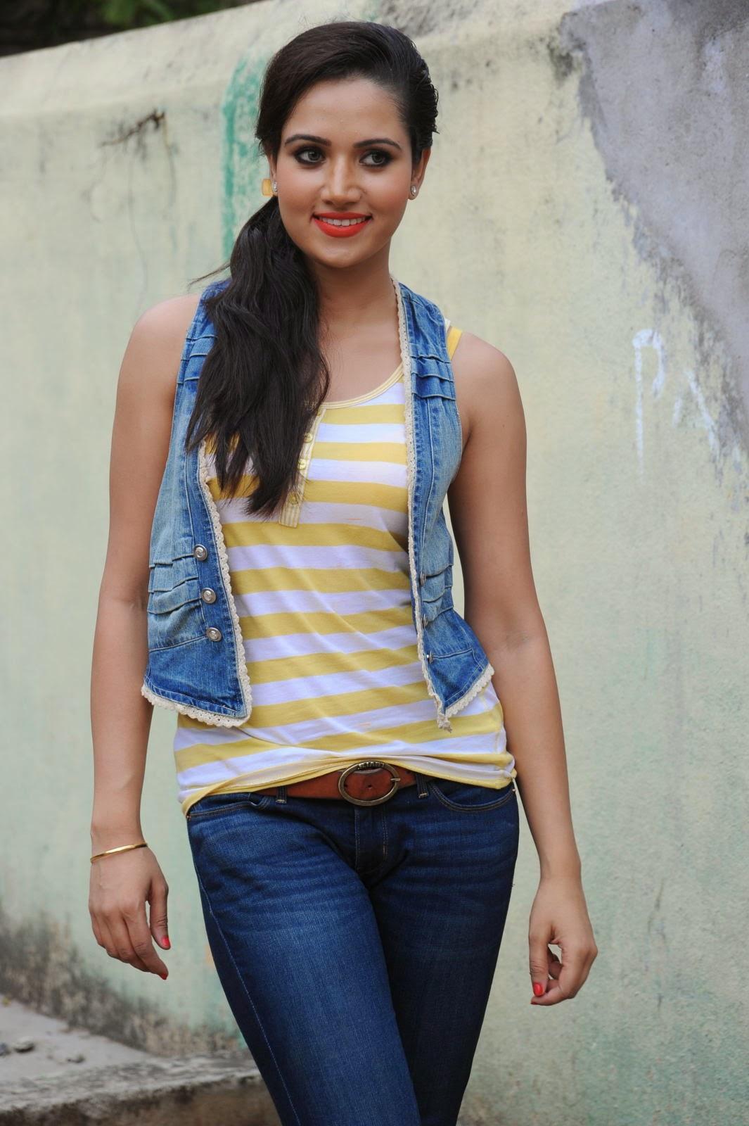 Preethi Rana Pictures at Gaali Patam 014.jpg