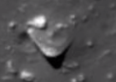 Huge Triangle UFO Lands On The Moon 2015, UFO Sightings