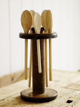 holder for wooden spoons