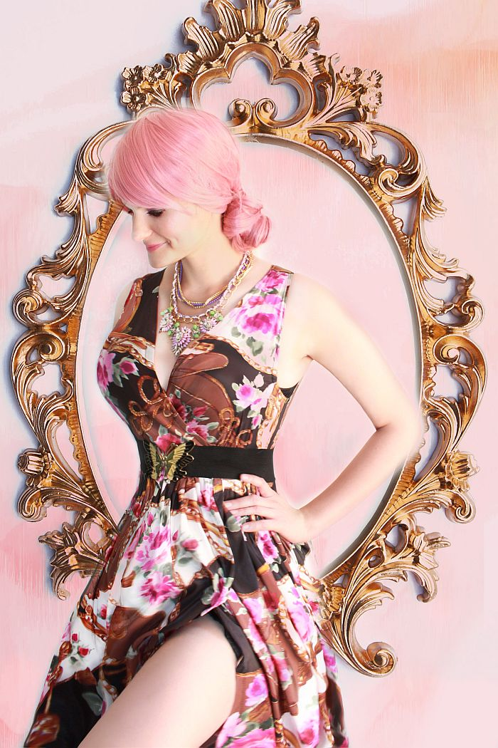high split dress,how to wear a wig, pink wig, sakura outfit, summer fashion, pink hairdo, side bun hairstyle