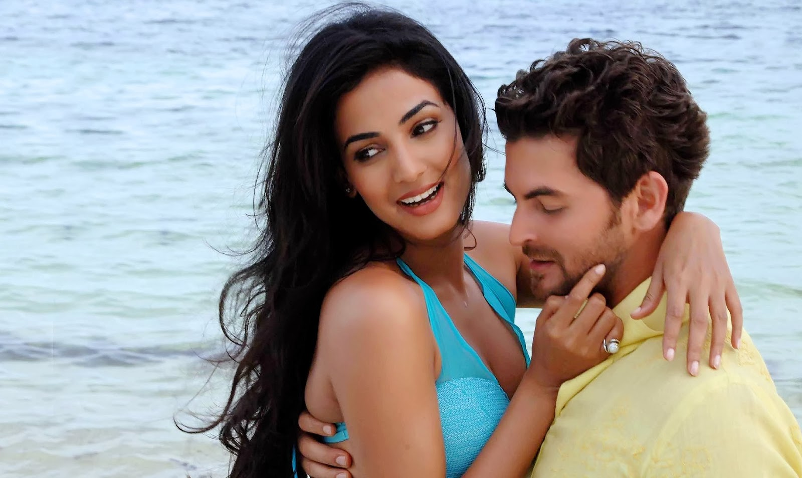 lovely couples free hd wallpaper download: sonal chauhan & neil