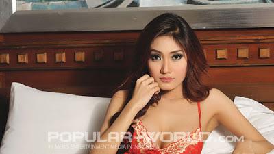 hot Yumi Model Majalah Popular World, Mei 2013