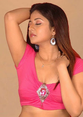 Hot_Tamil_Actress Wallpaper