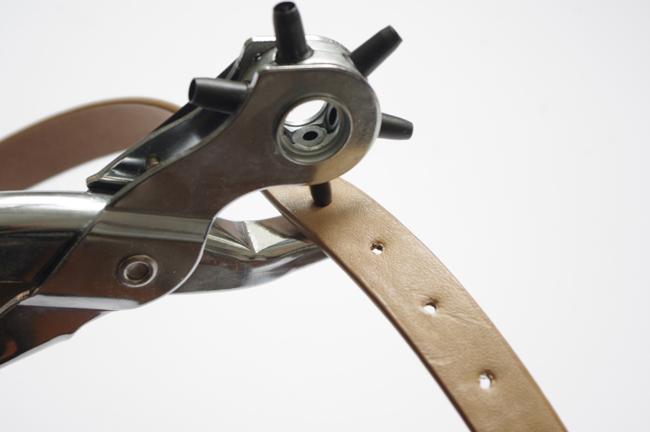 DIY studded belt by Xenia Kuhn for fashionrolla.com