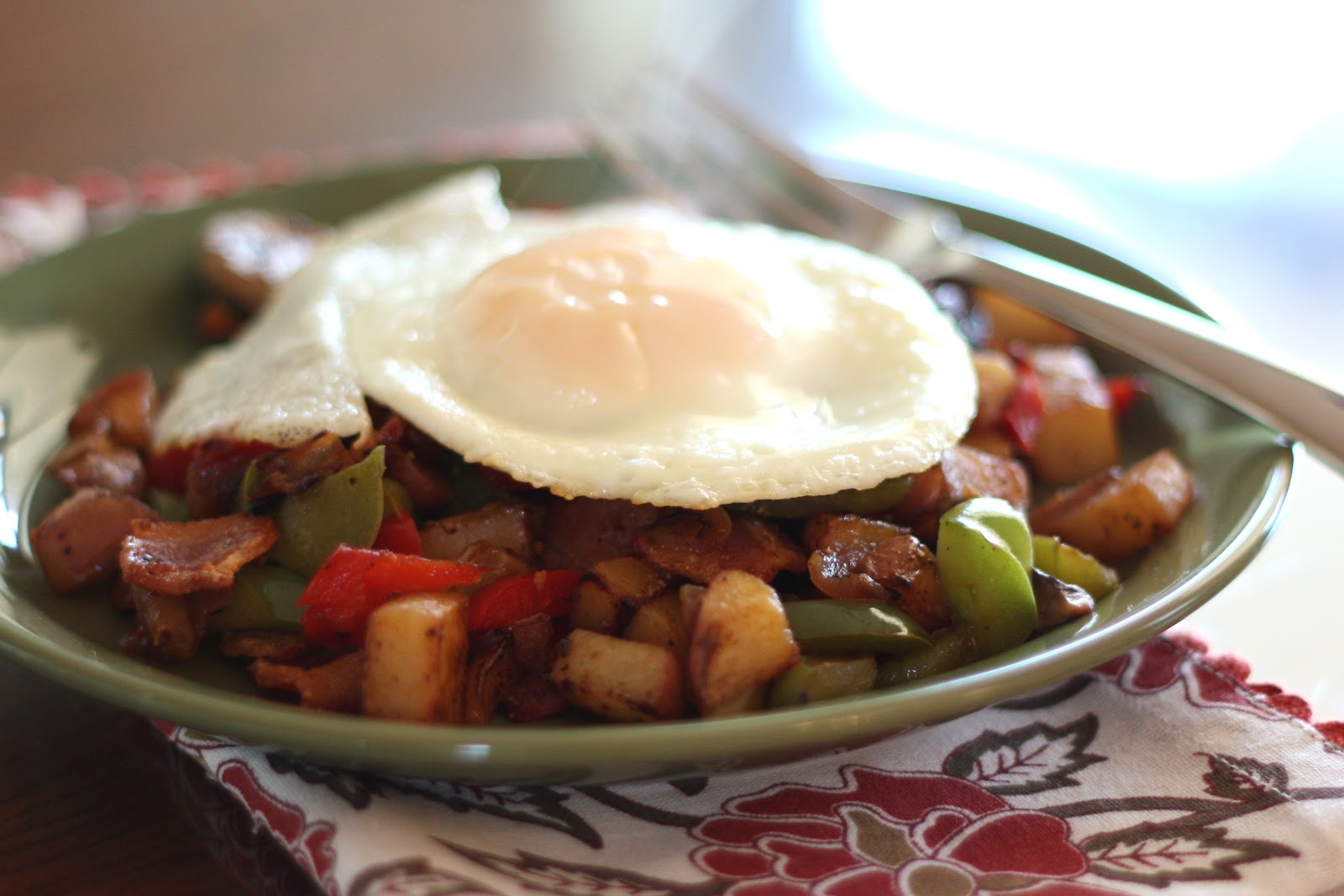 ... In The Kitchen: Crispy Onion, Red Potato, Pepper and Mushroom Hash